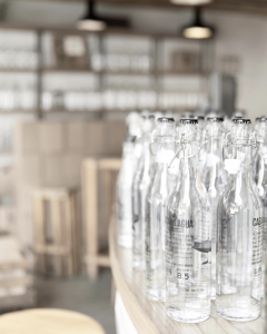 Botellas casa del agua